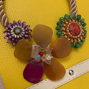Beads Flowers Necklace